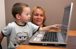 enfant-ordinateur-2233_pics_809
