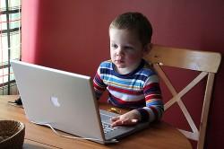 enfant-ordinateur