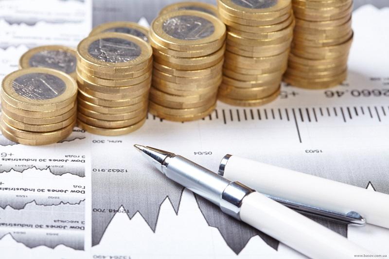 Faut-il externaliser sa comptabilité ou la faire soi-même avec Ciel compta ?